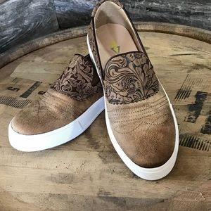 Brown tooled slip on's